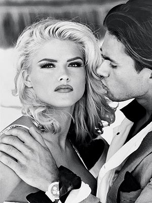 GUESS: 1992 photo | Anna Nicole Smith