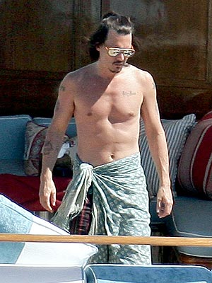 RED MAN'S CHEST photo | Johnny Depp