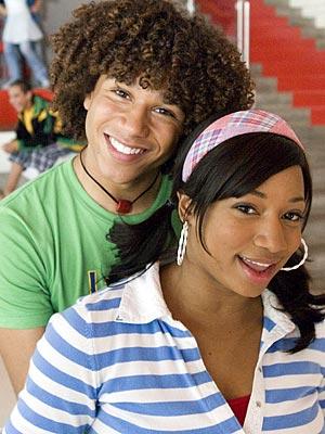 """Obrazek """"http://img2.timeinc.net/people/i/2007/gallery/high_school_musical/high_school_musical4.jpg"""" nie może zostać wyświetlony, ponieważ zawiera błędy."""