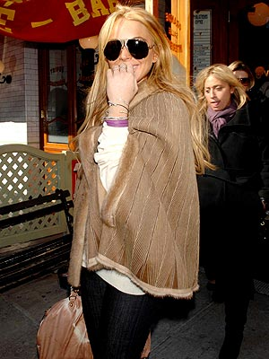FRIDAY, 3/9 photo | Lindsay Lohan