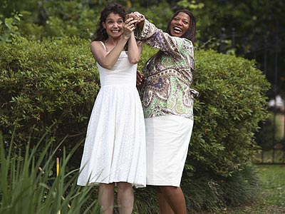 THE QUEEN photo | Katie Holmes, Queen Latifah