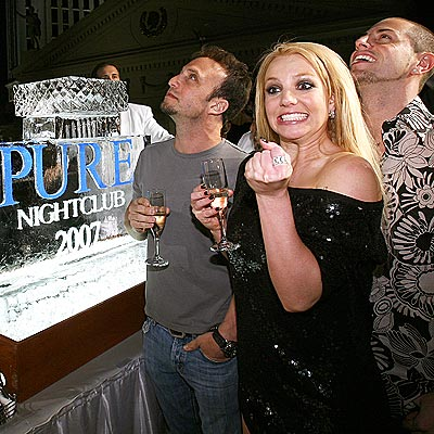 PUMPED UP photo | Britney Spears