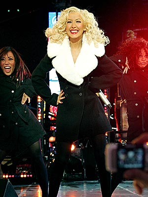 ROCKIN' THE MIC photo | Christina Aguilera
