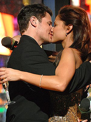 SEALED WITH A KISS photo | Nick Lachey, Vanessa Minnillo