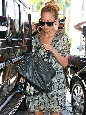 OVERSIZED BAG photo | Nicole Richie