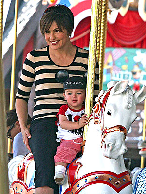 HIS LITTLE PONY photo | Mariska Hargitay