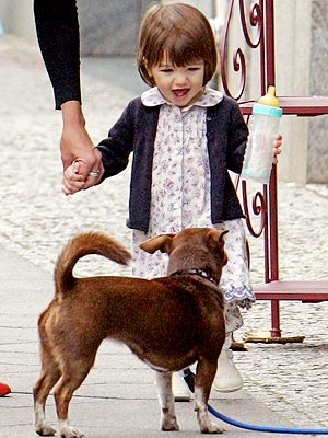 PUPPY LOVE photo | Katie Holmes, Suri Cruise