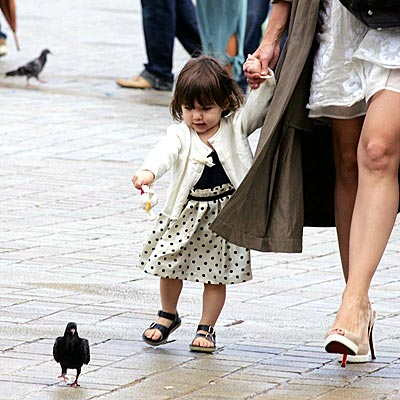 ON THE CHASE photo | Suri Cruise