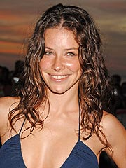 Evangeline Lilly&#39;s House Destroyed by Fire