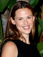 Jennifer Garner Heading to Broadway? | Jennifer Garner
