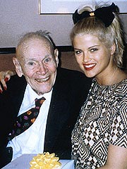 FROM THE ARCHIVES: Anna Nicole Smith Weds J. Howard Marshall II (1994)