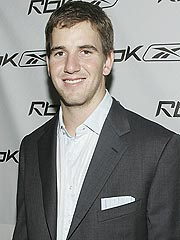 NY Giants' Eli Manning, Girlfriend Engaged