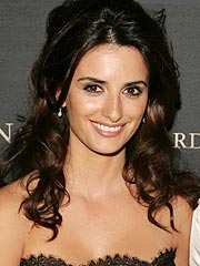 Pen&#233;lope Cruz Says She Wants to Adopt