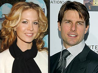 Jenna Elfman Defends Tom and Katie&#39;s Marriage | Jenna Elfman, Tom Cruise
