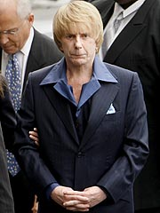 Lawyer's Illness Stalls Phil Spector Trial