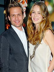 Jacinda Barrett, Gabriel Macht Expecting Child