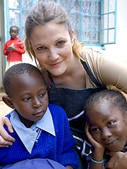 Drew Barrymore Campaigns Against World Hunger| Drew Barrymore