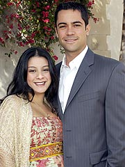 Cold Case&#39;s Danny Pino, Wife Have a Son