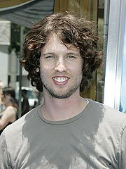 New Dad Jon Heder Says Diaper Duty Is Fun | Jon Heder