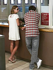 Paris Hilton Gets Jail Visit from Sister and Ex-Boyfriend| Nicky Hilton, Paris Hilton, Stavros Niarchos