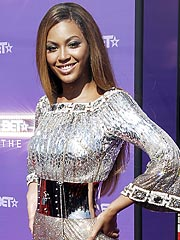 Beyoncé Knowles Visits Fans Injured at Concert