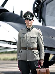 Valkyrie Is No Dud, Says Tom Cruise Costar