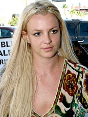 Britney Makes Brief Stopovers at Vegas Club