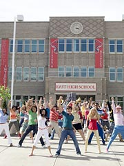 High School Musical Heads Home| TV High School Musical 2, Individual Class, Ashley Tisdale, Vanessa Hudgens
