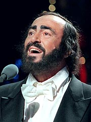 Opera Star Luciano Pavarotti Dies at 71