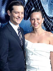 Tobey Maguire Marries Jennifer Meyer in Hawaii | Tobey Maguire