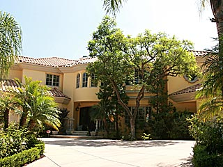 Paris Hilton Buys $5.9M Beverly Hills House| Paris Hilton