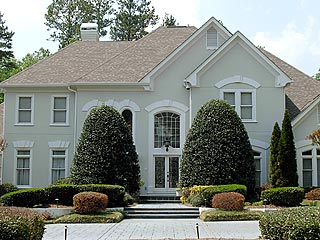 Usher Puts Atlanta House on the Market| Usher Raymond