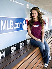 Alyssa Milano Scores MLB Reporting Gig | Alyssa Milano
