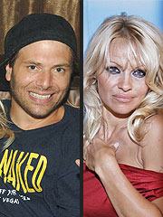 Pamela Anderson Appears to Move Ahead with Divorce