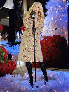 Sneak Peek: Carrie Underwood's Wintery Serenade