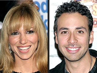 Deborah Gibson: Howie Dorough High-Fived His Bride | Deborah Gibson, Howie Dorough