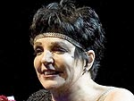 Liza Minnelli Collapses on Stage in Sweden | Liza Minnelli