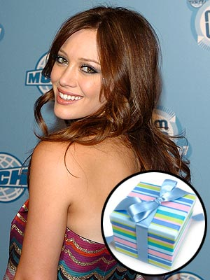 According to Hilary, what was the best fan gift she ever received? | Hilary Duff