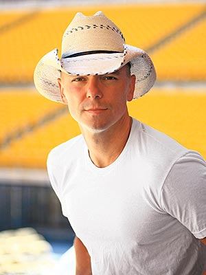 KENNY CHESNEY photo | Kenny