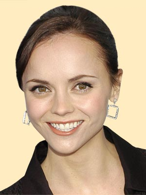 CHRISTINA RICCI, 28  photo | Christina Ricci