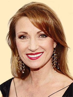 Jane Seymour at 57 can still wear long hairstyles.