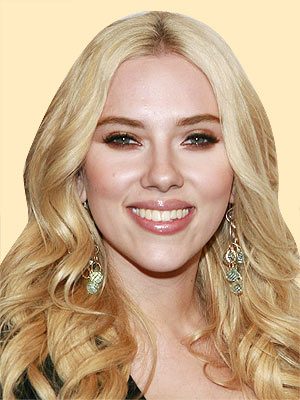 SCARLETT JOHANSSON, 23  photo | Scarlett Johansson