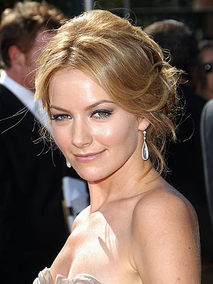 BECKI NEWTON  photo | Becki Newton
