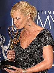 Sopranos and 30 Rock Win Top Emmys| Primetime Emmy Awards 2007, Ryan Seacrest, Actor Class