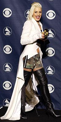 2003: GWEN STEFANI photo | Gwen Stefani