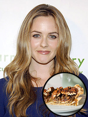 ALICIA SILVERSTONE:VEGAN PECAN PIE photo | Alicia Silverstone