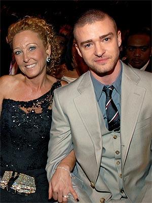 JUSTIN TIMBERLAKE & LYNN HARLESS photo | Justin Timberlake