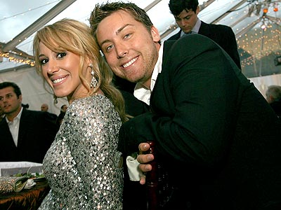 VIEWING PARTY  photo | Haylie Duff, Lance Bass