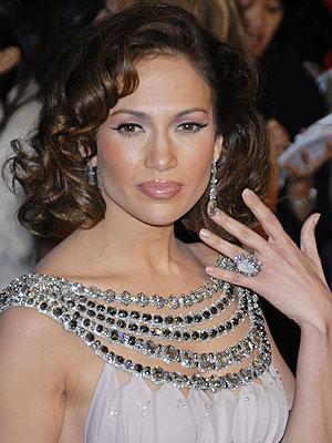 Lipstick  Jennifer Lopez Wear on Jennifer Lopez Oscar   Selected Pictures  Best Images Or Wallpapers