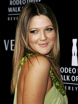 STRAIGHT HAIR  photo | Drew Barrymore
